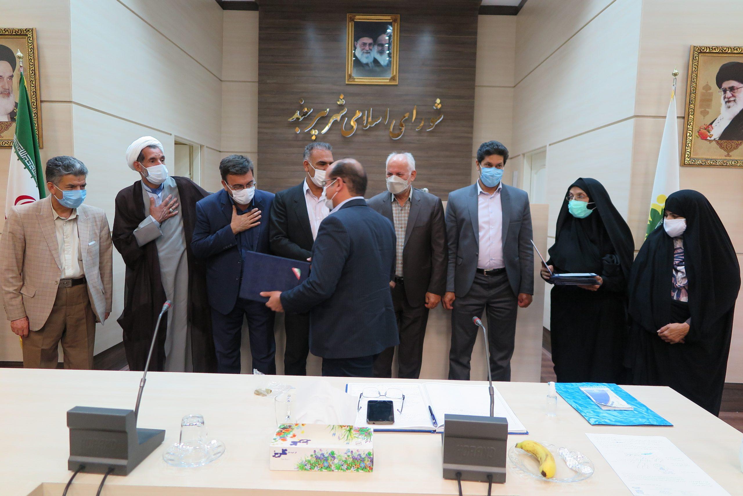 تقدیر شهردار و اعضای شورای اسلامی شهر بیرجند از مدیران پروژه فرهنگسرای شهر